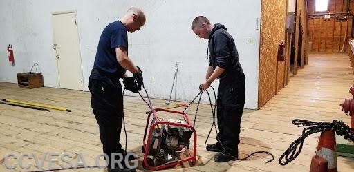 Ropes and Knots to secure tools and equipment